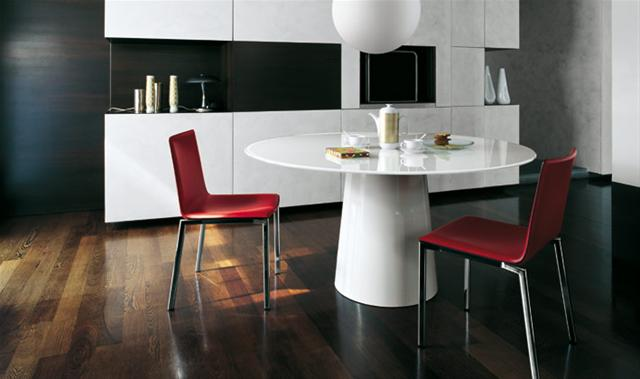 Table totem tables de repas design terre design for Table de repas design